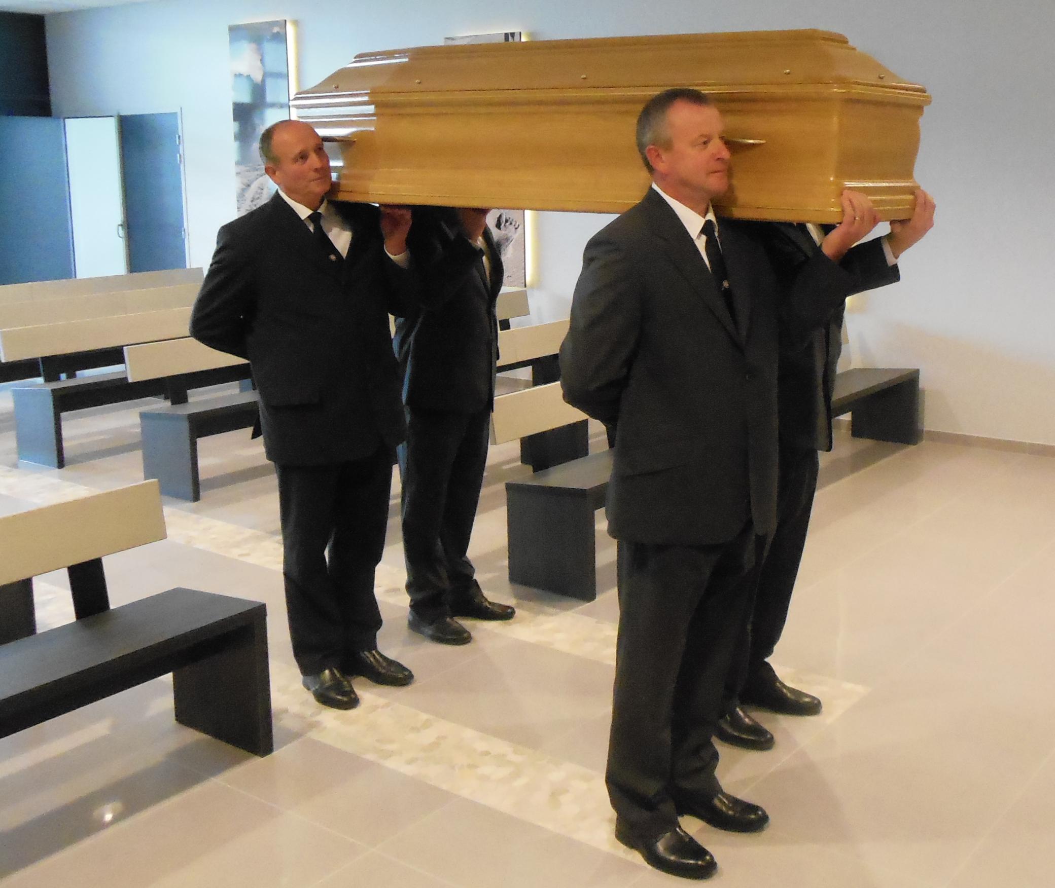 porteurs funéraires